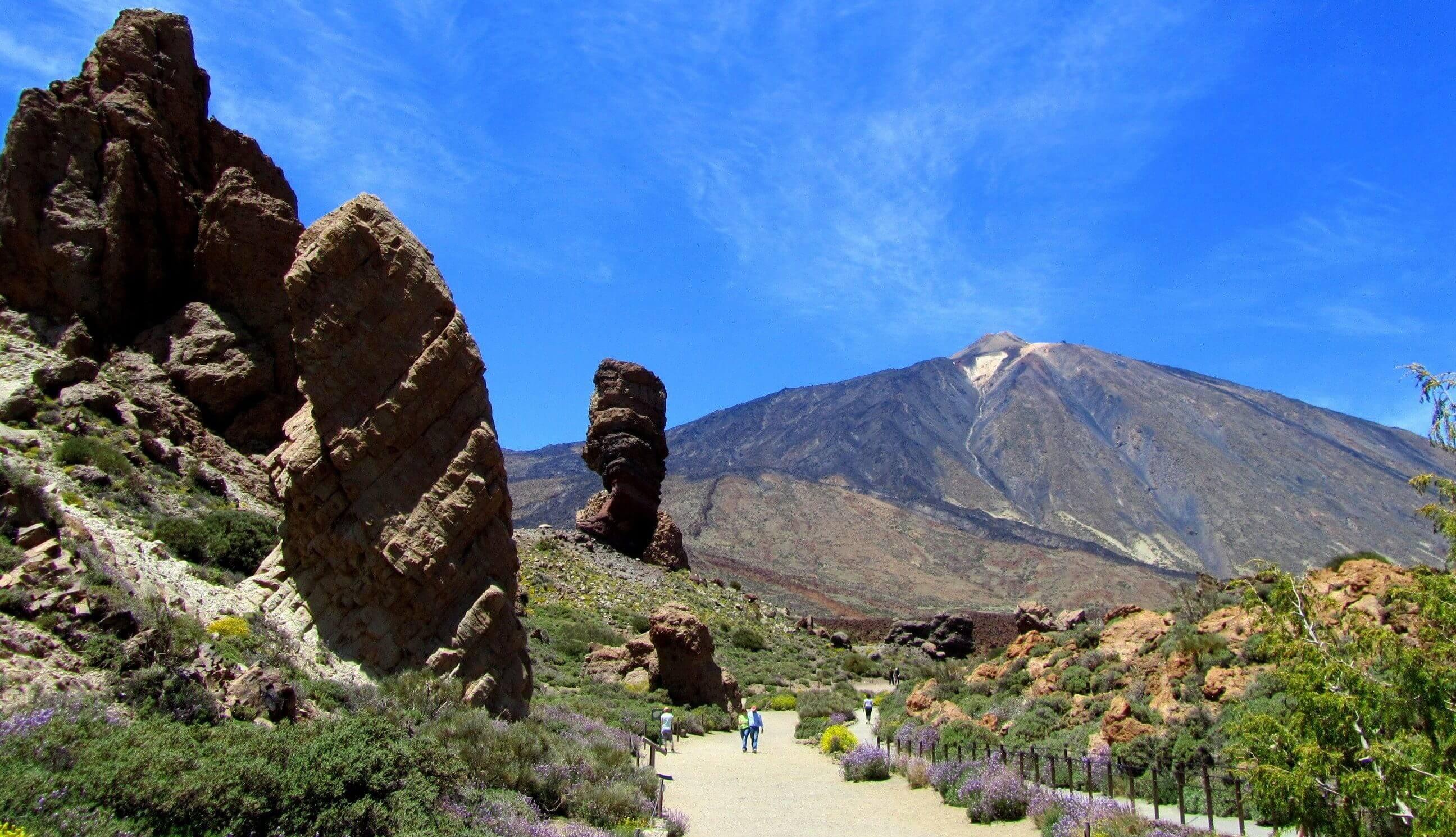 הר הגעש תאידה ועמק האורוטאבה